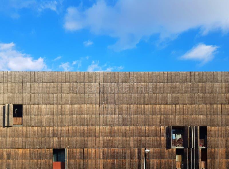 Bambusowy budynek z niebieskim niebem zdjęcie royalty free