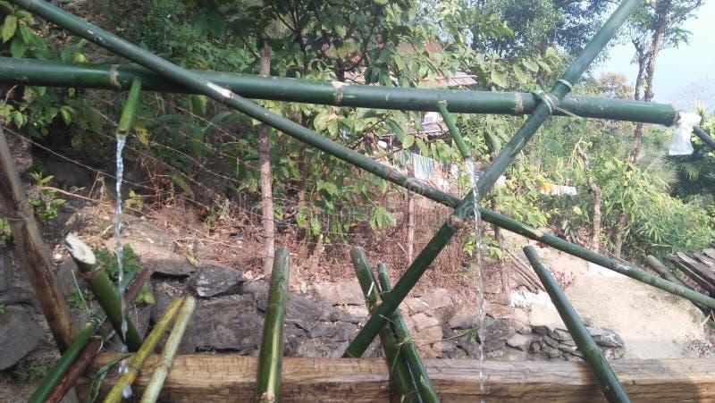 Bambuswassersystem lizenzfreie stockfotos