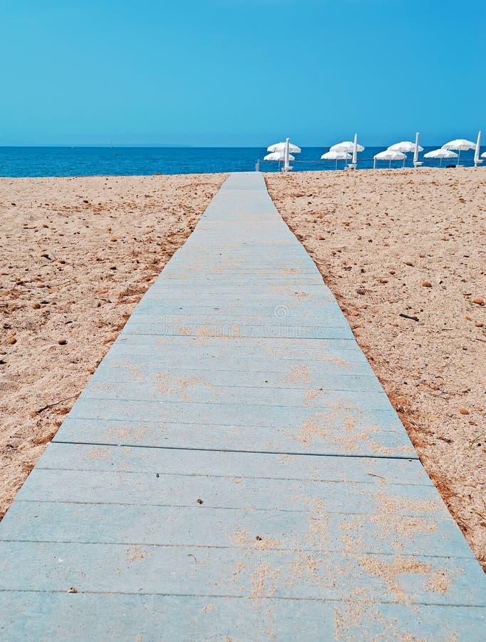 Bana på sanden fotografering för bildbyråer