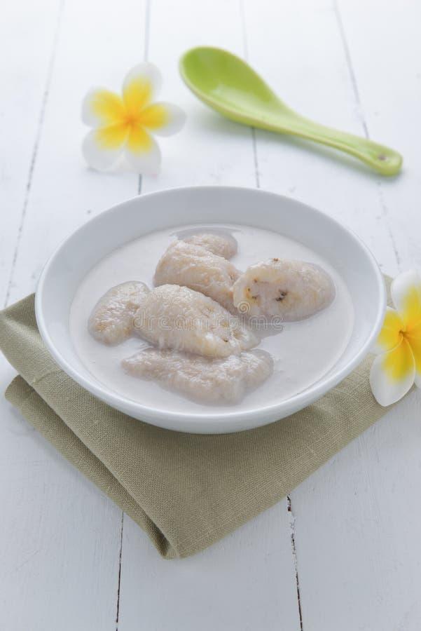 Banaan in kokosmelk Traditioneel dessert van Thailand royalty-vrije stock afbeelding