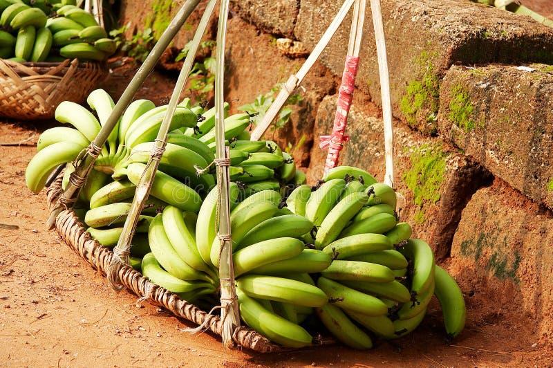 Download Banana fotografia stock. Immagine di mazzo, dieta, fresco - 3876016