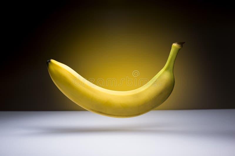 Banana di volo fotografie stock