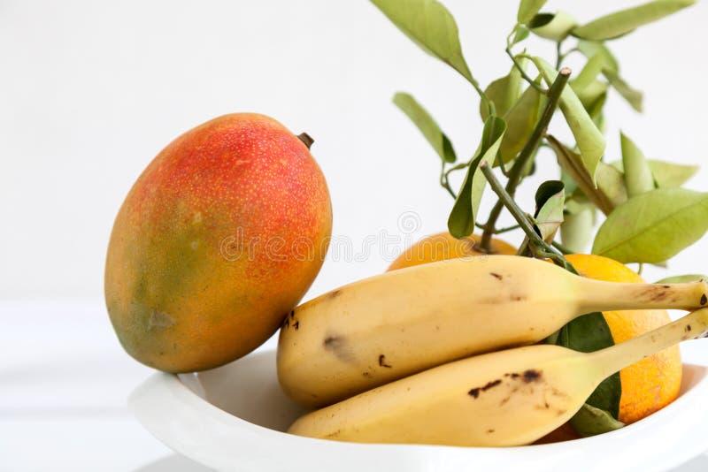Download Banana Mango I świeże Pomarańcze Obraz Stock - Obraz złożonej z śniadanie, świntuch: 42525773