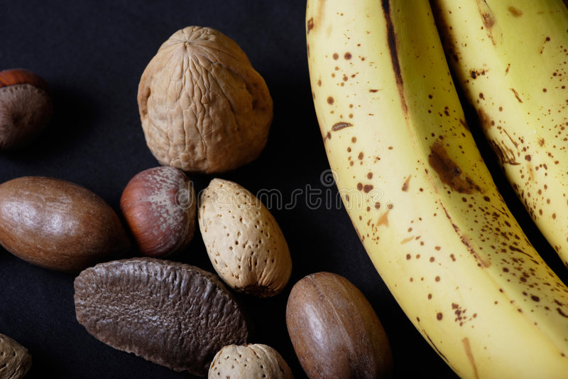 Banane et noix image stock