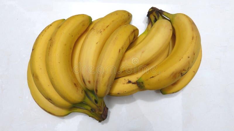Banane su fondo bianco immagini stock libere da diritti