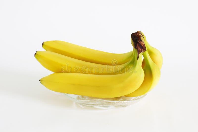 Bananen auf einem weißen Hintergrund lizenzfreies stockbild