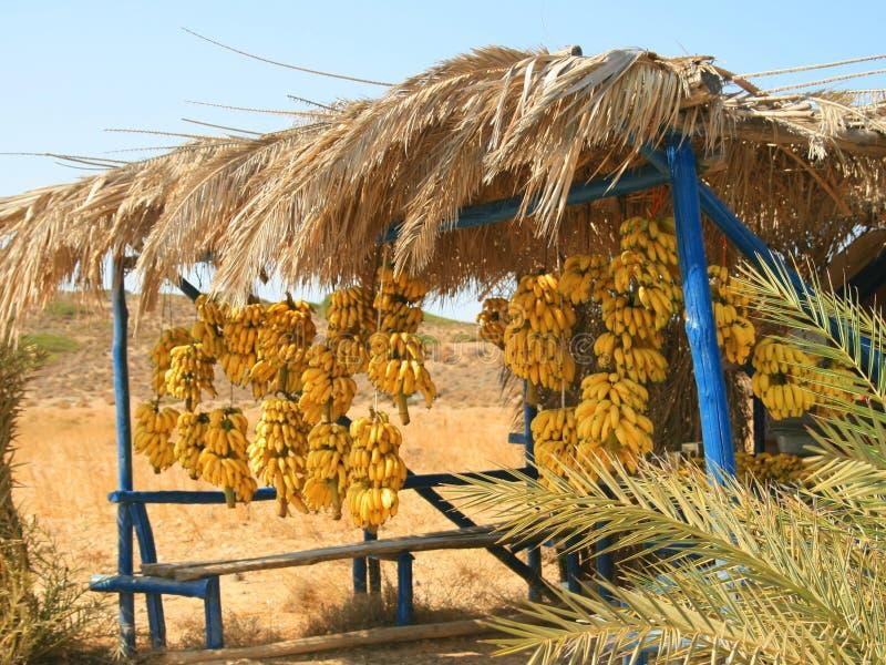 Bananen voor verkoop stock foto's
