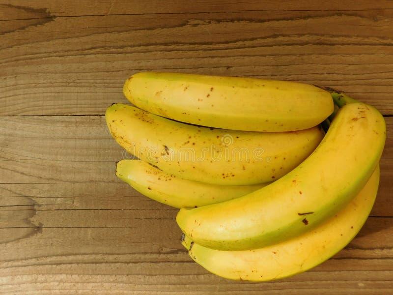 Bananer som ska ätas arkivfoton