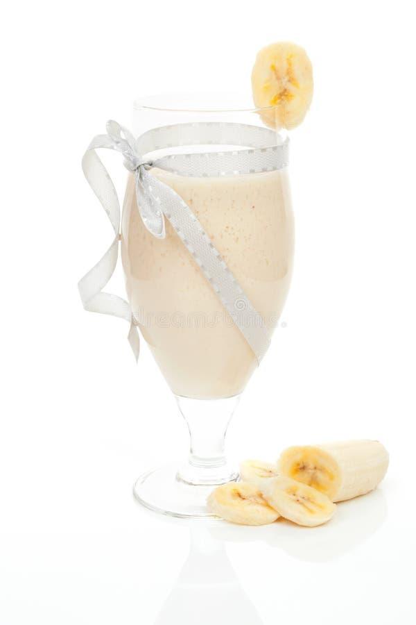 Download Bananowy milkshake. zdjęcie stock. Obraz złożonej z świeży - 28965814