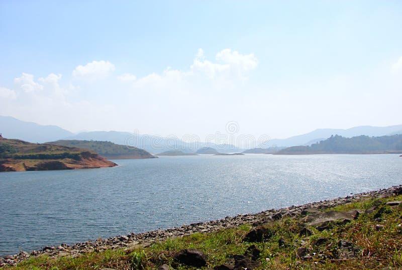 Banasura Sagar Dam - störst jordfördämning i Indien, Wayanad, Kerala arkivbilder