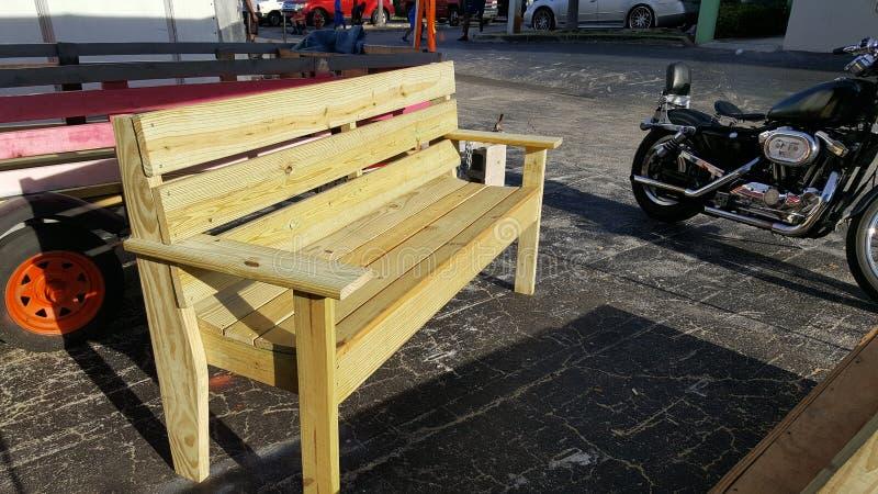 Banc en bois photo libre de droits