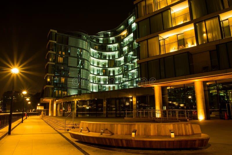 Banca di Londra Tamigi Southwark fotografia stock