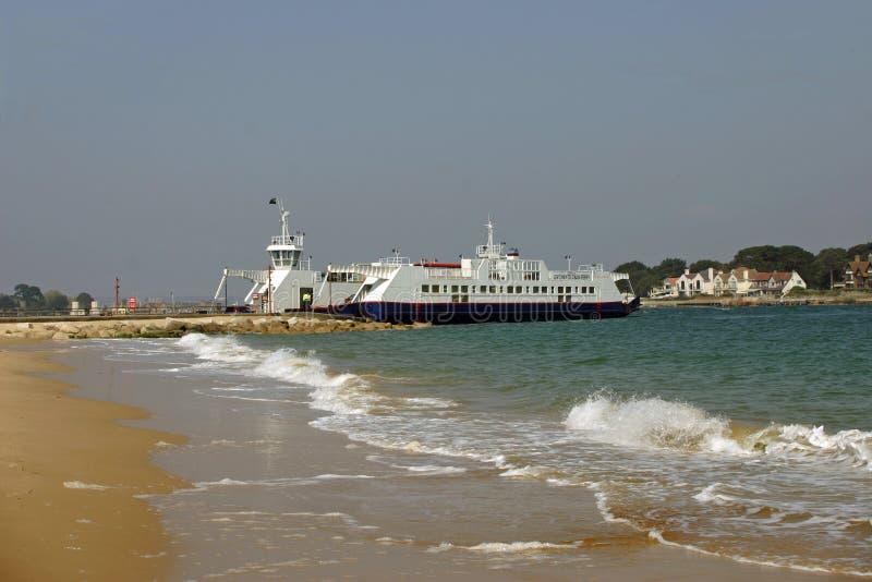 Banchi di sabbia al traghetto della catena di Studland fotografia stock