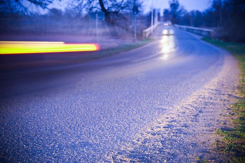Segnale Stradale Della Banchina Non Transitabile Immagine ...
