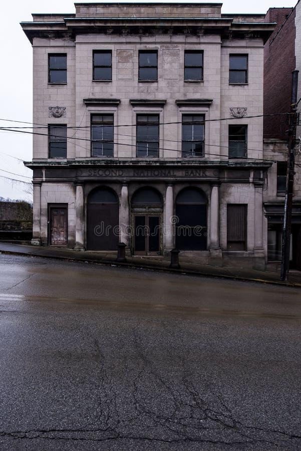 Banco abandonado - Brownsville, Pensilvânia imagem de stock royalty free
