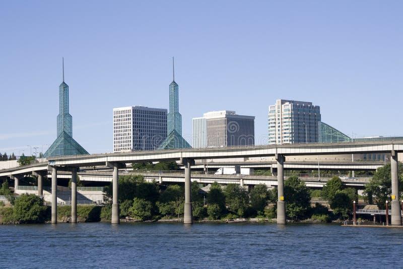 Banco de rio do centro de convenções de Portland foto de stock royalty free