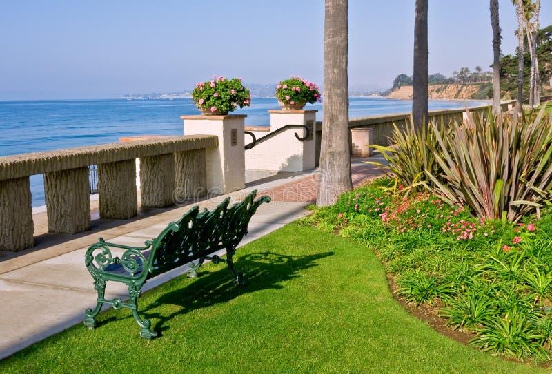 Banco della spiaggia fotografia stock libera da diritti