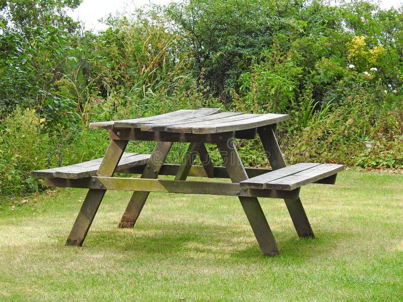 Banco di picnic immagine stock