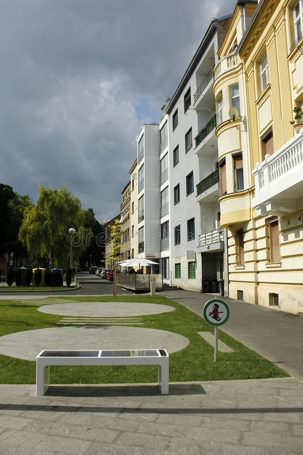 Banco digital solar em Zagreb imagem de stock royalty free