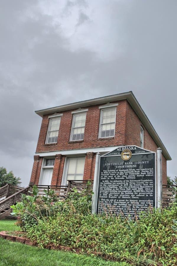 Banco e tribunal do condado de Fontenelle fotografia de stock