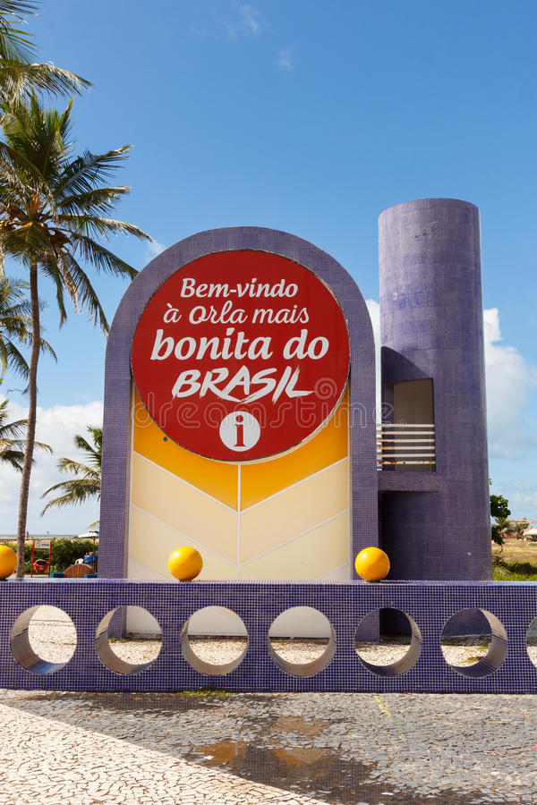 Banco informazioni sulla spiaggia famosa Atalaia in Aracaju, Sergipe, Brasile fotografia stock libera da diritti