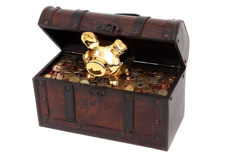 Banco Piggy e caixa com moedas imagens de stock