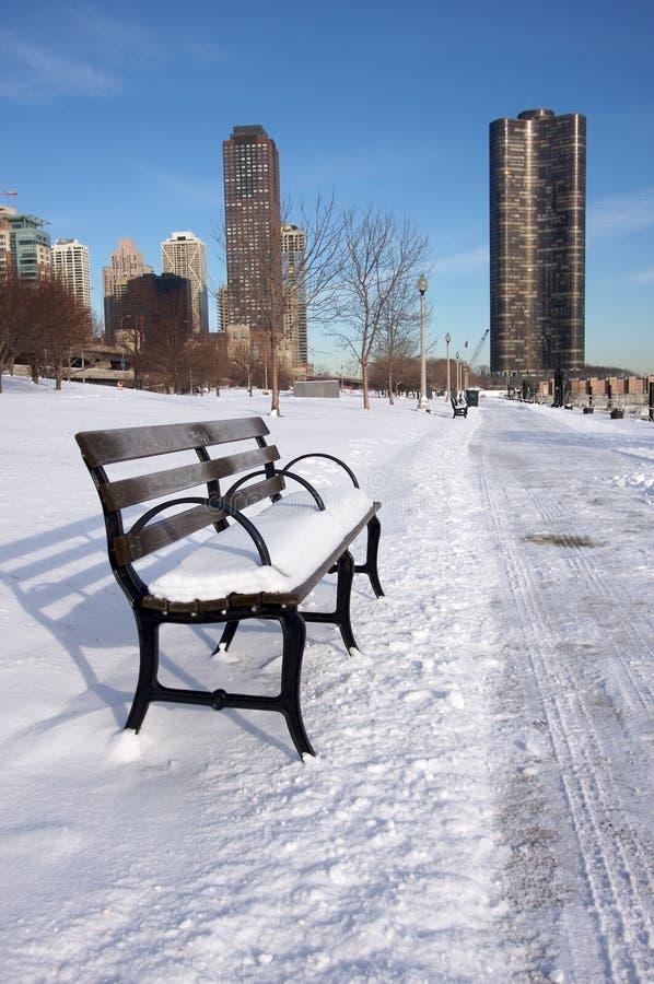 Banco vacío Nevado en Chicago imagen de archivo libre de regalías