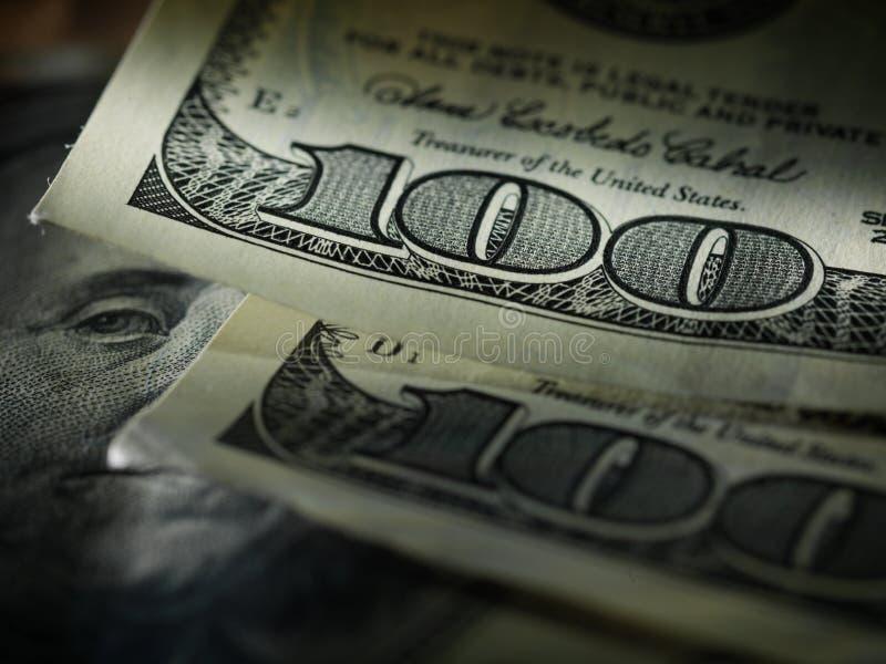 Banconote in dollari dell'americano cento dei soldi fotografie stock