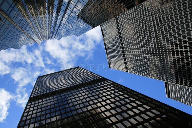 Bancos canadenses em Toronto, Canadá imagens de stock