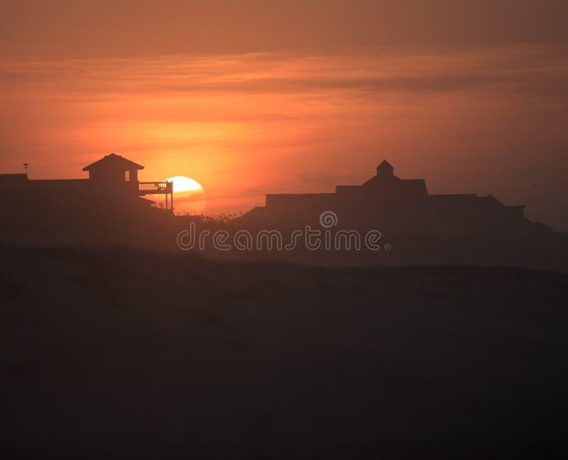 Bancos exteriores North Carolina do nascer do sol da paisagem imagens de stock