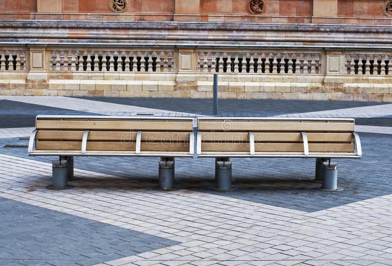 Bancs à Londres image stock