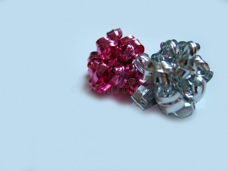 Download Band arkivfoto. Bild av pink, give, rött, gåva, silver, motta - 41084