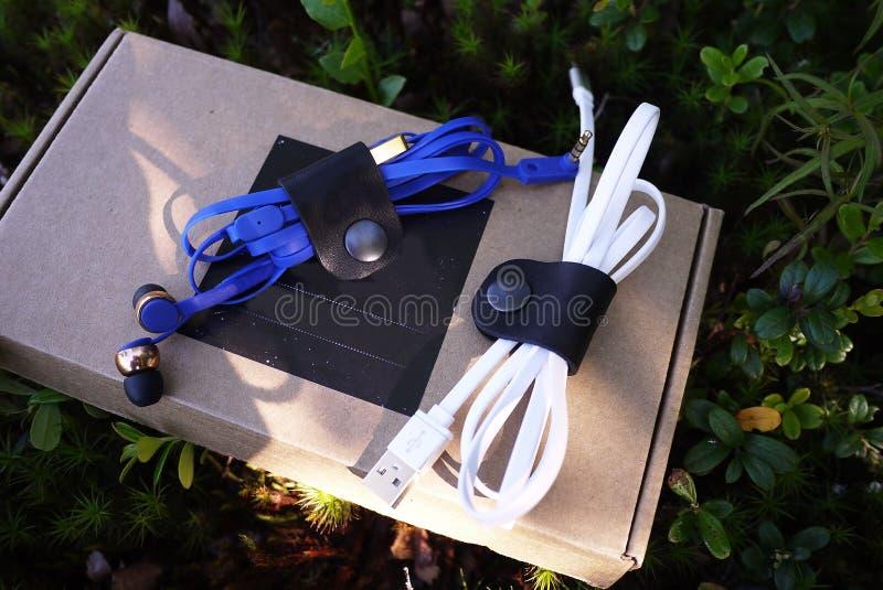 Band för kablar och trådar Detaljer och n?rbild royaltyfri foto