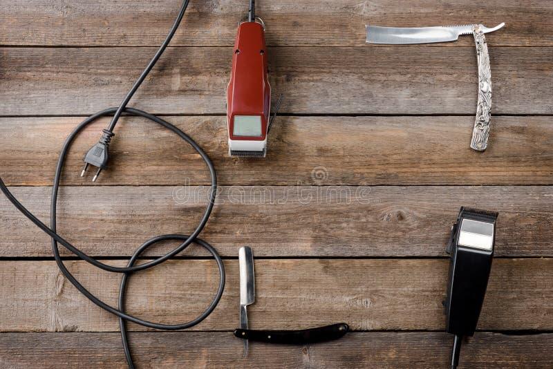 Band med rep elektriska hårbeskärare arkivfoton
