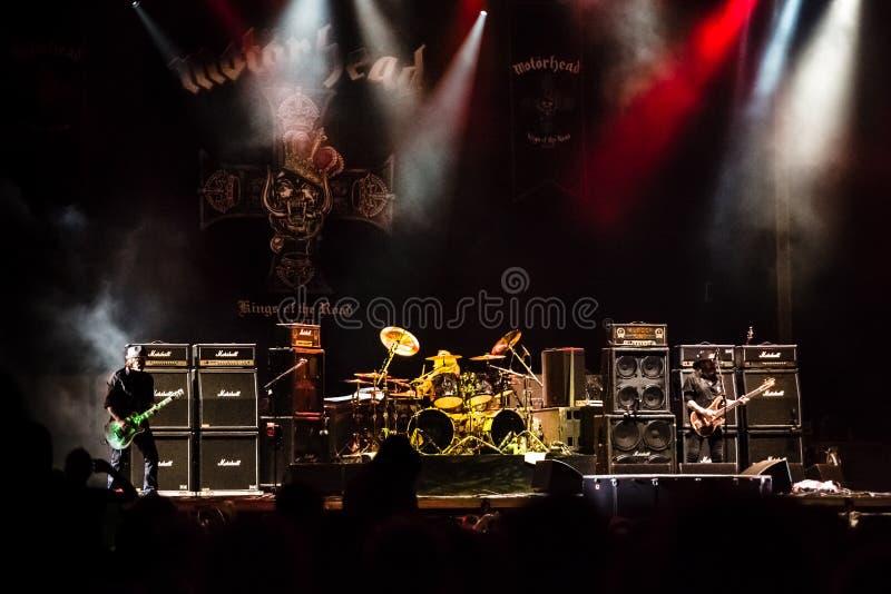 Banda de Motorhead que juega en el festival 2013 de Ursynalia foto de archivo