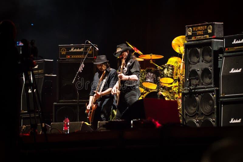 Banda de Motorhead que juega en el festival 2013 de Ursynalia imagenes de archivo