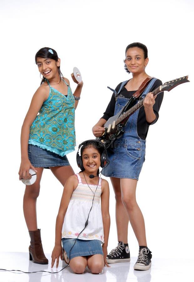 Banda indiana di musica dei bambini fotografie stock