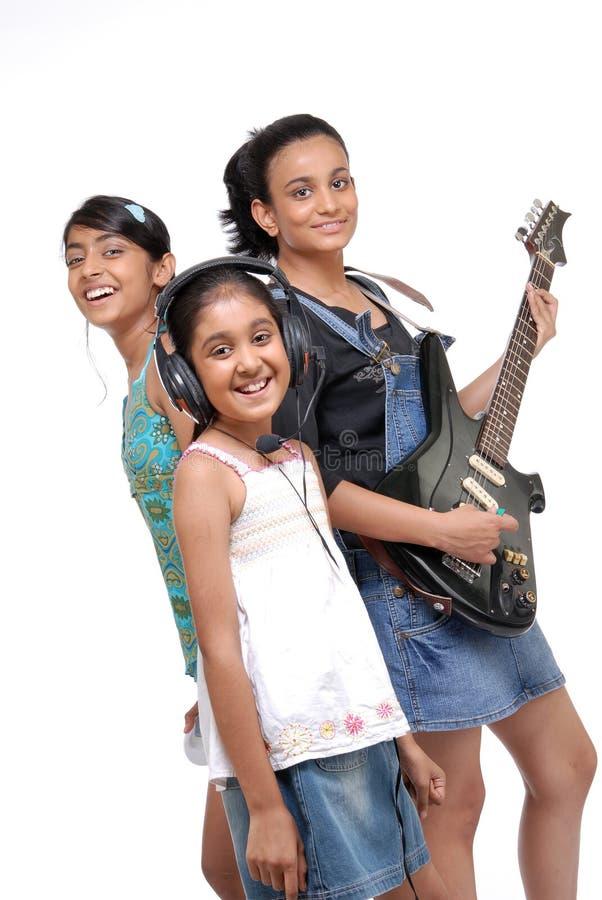 Banda indiana di musica dei bambini fotografia stock libera da diritti