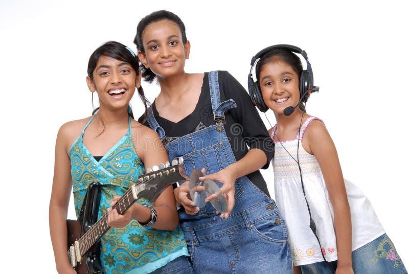 Banda indiana di musica dei bambini immagine stock