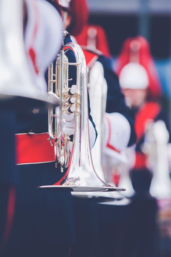 Banda musicale o windband che esegue durante l'evento fotografia stock libera da diritti