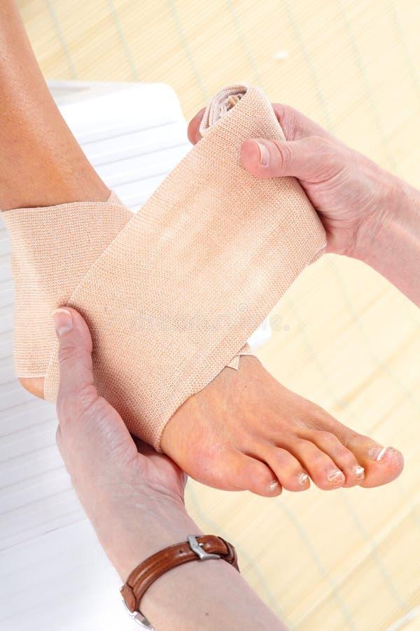 Bandage de pied photos libres de droits