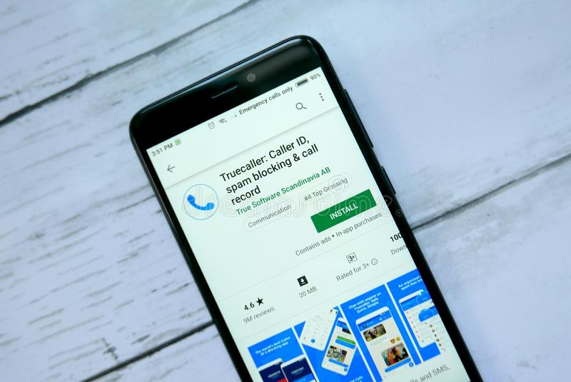 Truecaller Mobile App On Samsung S8  Editorial Image - Image of