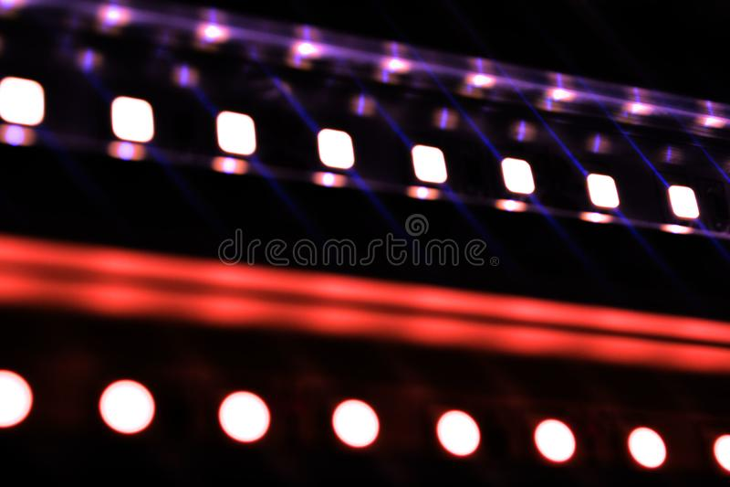 bande menée, éclairage, lumière, diodes, diode bleue, diode jaune, lumières lumineuses, lueur, clignotement, petites ampoules, la images stock
