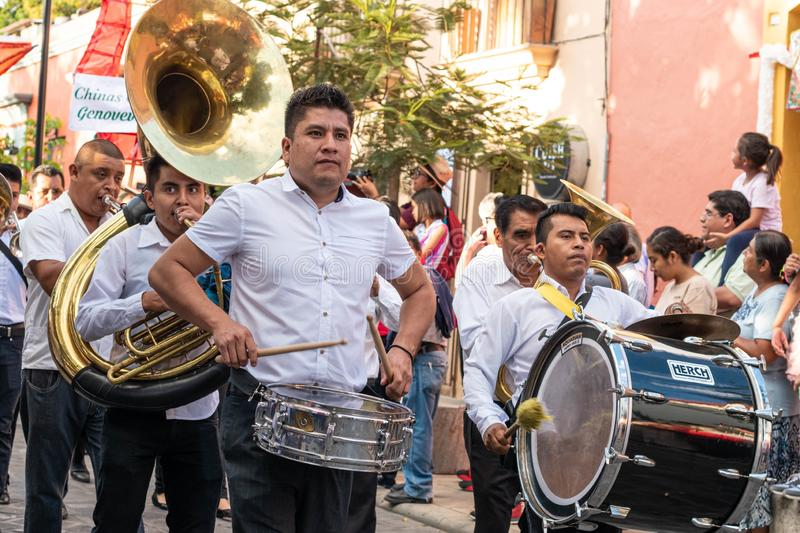 Bande musicale traditionnelle Oaxaca, Mexique images stock
