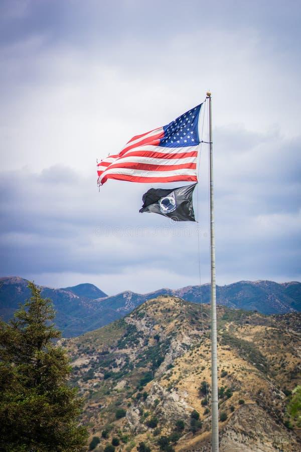 Bandeira americana golpeada imagens de stock