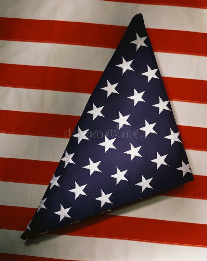 Bandeira americana triangular dobrada fotografia de stock