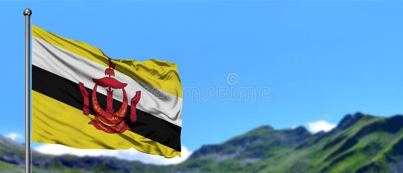 Bandeira de Brunei Darussalam que acena no céu azul com campos verdes no fundo do pico de montanha Tema da natureza imagem de stock