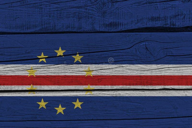 Bandeira de Cabo Verde pintada na prancha de madeira velha ilustração do vetor