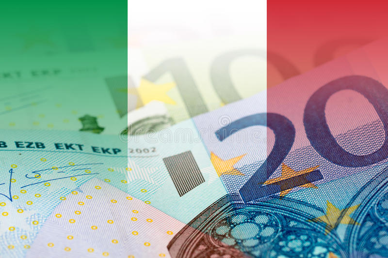 Bandeira de Itália com euro- cédulas fotos de stock