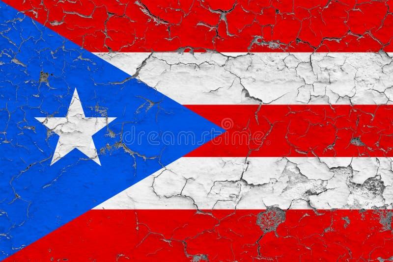 A bandeira de Porto Rico pintou em parede suja rachada Teste padr?o nacional na superf?cie do estilo do vintage ilustração do vetor